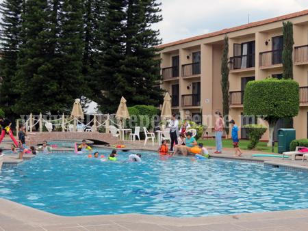 Ofrecer n paquetes familiares para incrementar ocupaci n for Paquete familiar en un hotel