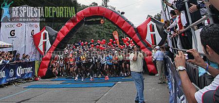 Corredores de CORAZA van al Medio maratón del Atlas de Guadalajara