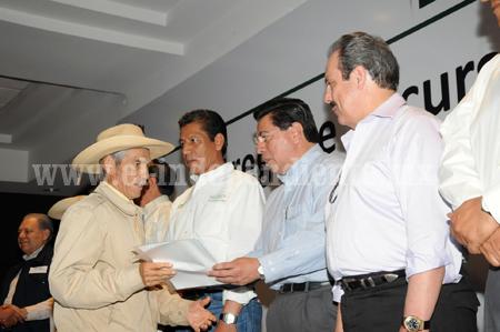 TRABAJO COORDINADO PARA GENERAR RIQUEZA EN EL CAMPO MICHOACANO
