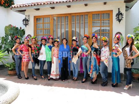 Presentan de manera oficial a las 12 aspirantes a Reina de las Fiestas Patrias Zamora 2013