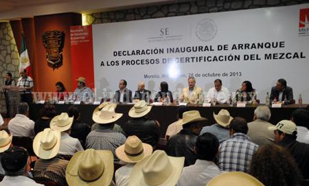 LA PRODUCCIÓN TRADICIONAL DE MEZCAL GENERA EN MICHOACÁN MÁS DE TRES MIL EMPLEOS DIRECTOS