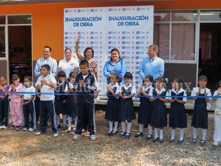 Inauguran paquete de obras en escuelas por más de 2 mdp