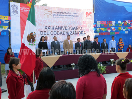 Celebró Colegio Bachilleres Zamora su XXIII aniversario