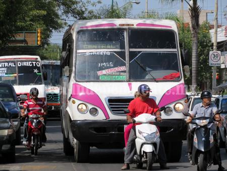 5 mil concesiones saturan transporte público en la región