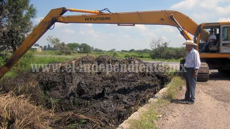 Por culminar trabajos de desazolve del Dren La Palma para desfogar aguas estancadas.
