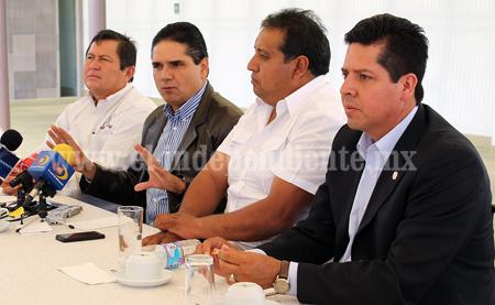 Se compromete Silvano con trabajadores del sector salud en Michoacán