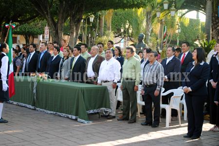 Celebraron en Tangancícuaro aniversario del natalicio de Morelos