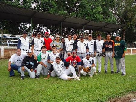 ¡Tigres de Zamora y Cristeros van por un boleto a la serie..!