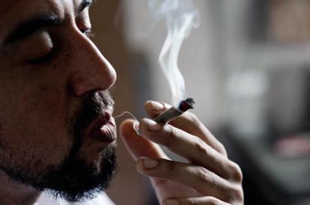 Uruguay, primer país del mundo que legaliza la mariguana