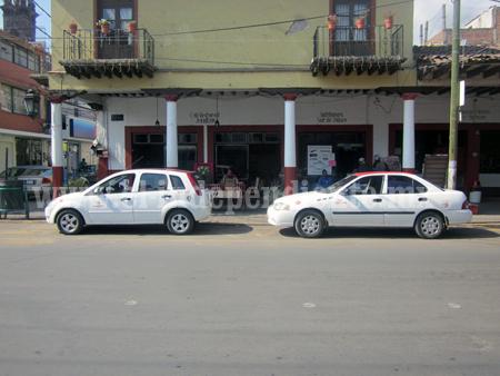 Analizan transportistas  de Jiquilpan incremento en tarifas