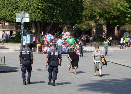 Duplican presencia policiaca con Grupo Turístico por temporada navideña