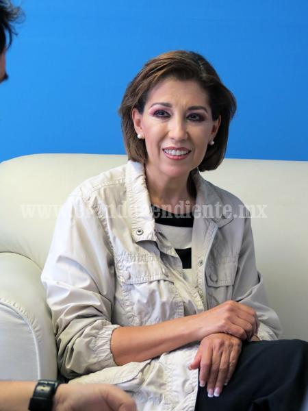 La Alcaldesa de Zamora ofreció parabienes a la población