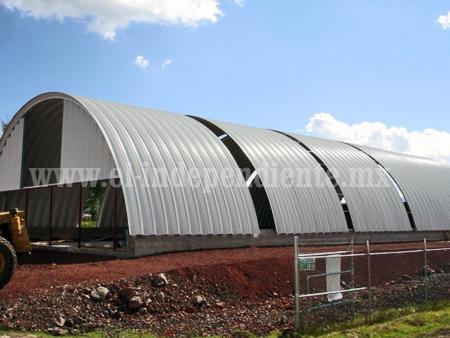Avanza construcción del complejo del Centro Acuático de Zamora