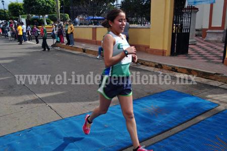 Buena actuación de atletas de CORAZA en la XXXII Feria de la Paleta en Tocumbo