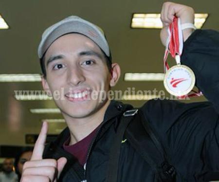 Damián Villa obtuvo bronce en el WFT Grand Prix de TKD de Manchester, Inglaterra
