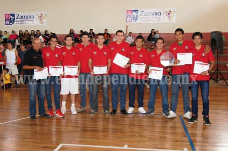 Ratifican al D.T. Oscar Tomás Gallegos como técnico de la selección Michoacán de basquetbol