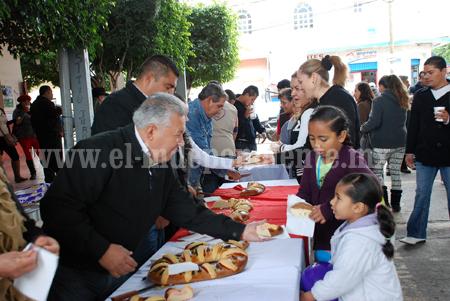 Gobierno de Venustiano Carranza regaló  miles de sonrisas a los infantes en el día de reyes