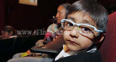 Buena parte de la población infantil  tiene debilidad visual