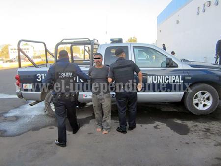 Detenido por robo  de una camioneta