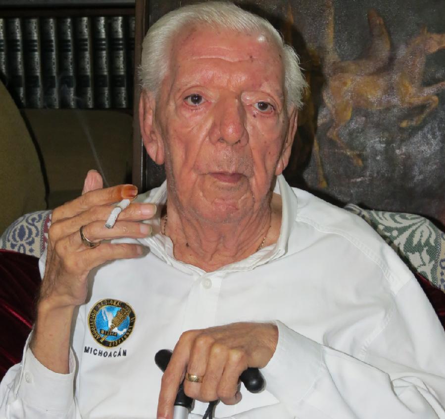 Muró el Viejo Búho, Francisco Elizalde García