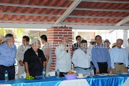 COMPROMETE FAUSTO VALLEJO APOYO PARA INSTALAR DERIVADORA DE LIMÓN EN BUENAVISTA