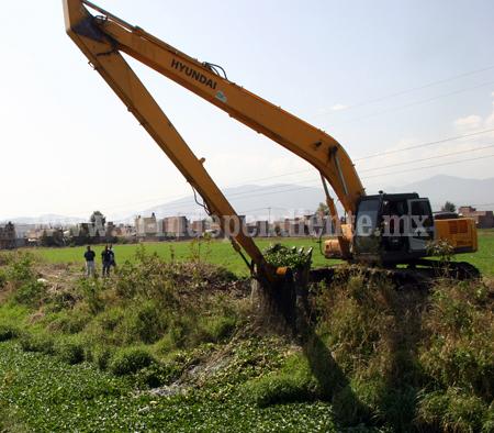 Inician limpieza de arroyos y abrevaderos para enfrentar temporada de estiaje