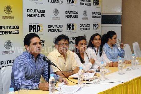 Objetivo de la agenda legislativa lograr la consulta popular: Silvano