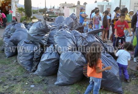 Oficialía mayor lleva a cabo campaña permanente de limpieza en Sahuayo