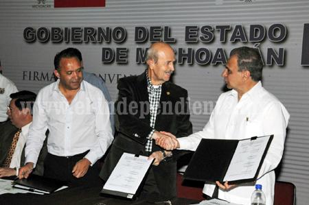 EL DESARROLLO INTEGRAL SE CONSIGUE A PARTIR DE LOS MUNICIPIOS: FAUSTO VALLEJO