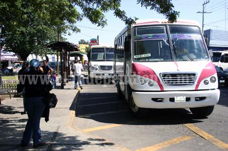 Obligatorio que transportistas  cuenten con el seguro de viajero