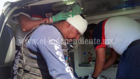 Mueren 4 secuestradores y un  ministerial en enfrentamiento