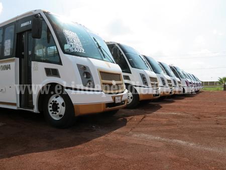 Renuevan parque vehicular los transportistas de las rutas Rosa y Café