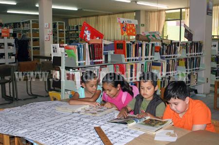 """Cerca de 100 niños esperan inicio del programa """"Mis vacaciones en la Biblioteca 2014"""""""
