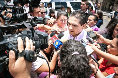 Inició Silvano recolección de firmas en Morelia para la defensa de nuestros energéticos