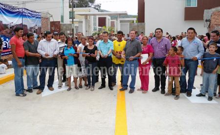 Inauguran puente vehicular Salazar en Los Reyes