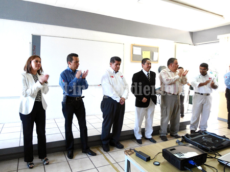 Imparten taller para apoyo a Proyectos Productivos en Los Reyes