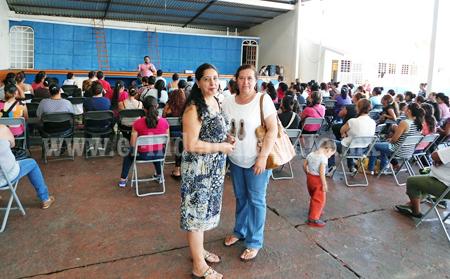 Instituto de la Mujer de Los Reyes ofreció conferencia sobre equidad