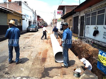 SAPAD construye colector pluvial Lerdo de Tejada
