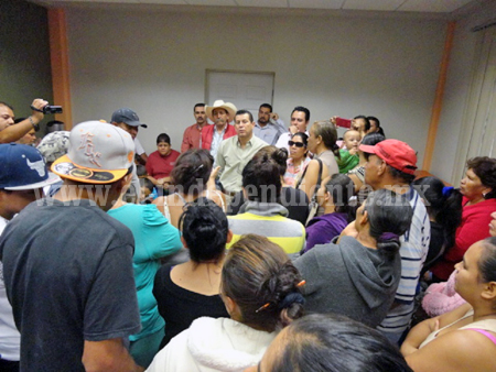 Jaconenses piden permanencia de la última ruta al El Opeño