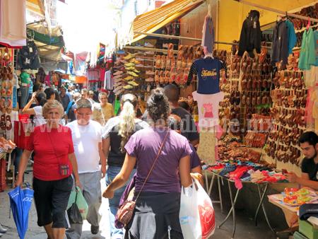 Estiman repunte de 20 por ciento en ventas por Fiestas Patrias