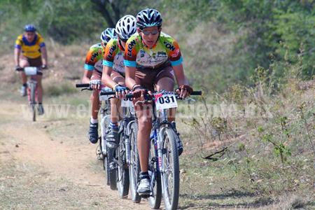 Convocan a participar en la Carrera Ciclista de Ruta
