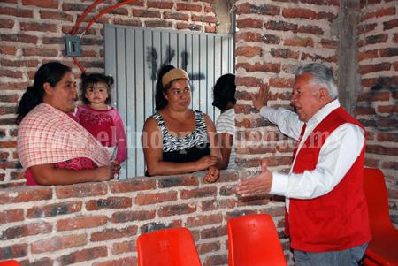 """Alcalde Nicolás Cibrián da continuidad al programa """"el gobierno en tu comunidad"""""""