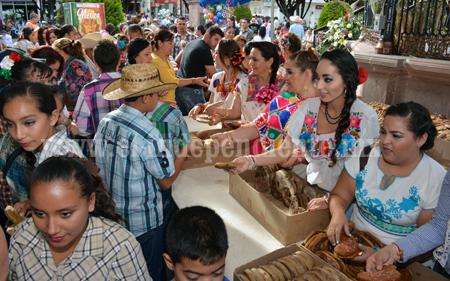 Fiesta de guares y guaches, bonita tradición sahuayense