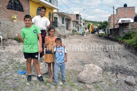 En Peñitas, Sahuayo continúa las obras