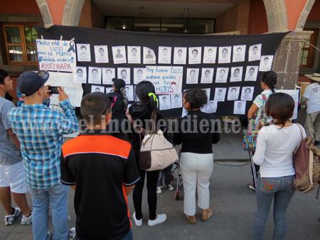 Miles de ciudadanos, afectados por cierre de Presidencia Municipal