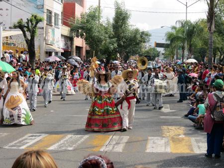 Cumple, desfile del 20 de Noviembre