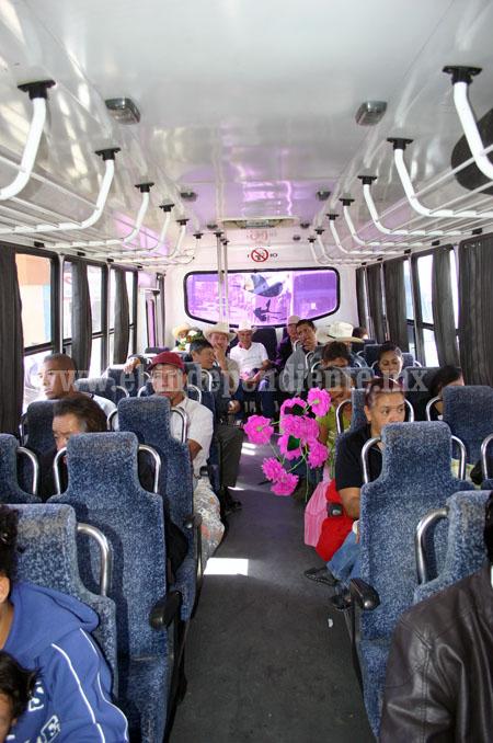 Insisten  transportistas del servicio público urbano con subir pasaje a 8 pesos