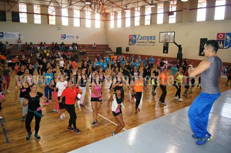 Exitoso Maratón Aeróbico & Dance celebrado en la Olimpiada Municipal