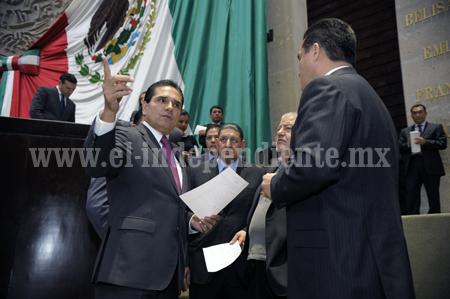 Apoyará Silvano legitima exigencia de alcaldes michoacanos