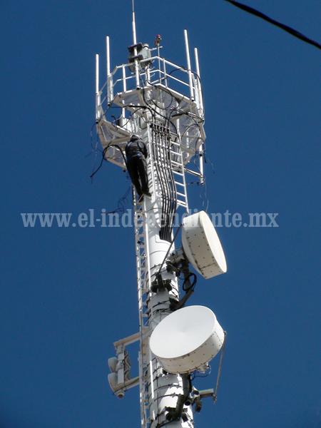 Solucionado, el problema ocasionado por la antena de telefonía de Las Fuentes
